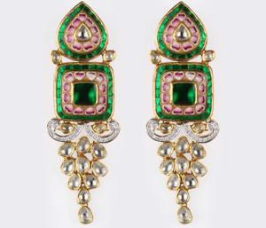Jewels Express the Love
